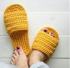 Crochet slippers easy DIY tutorial – Page 7 of 50 – hotcrochet .com Crochet slippers easy DIY tutorial – Page 7 of 50 – hotcrochet .com Crochet slippers easy DIY tutorial crochet,. Easy Crochet Slippers, Crochet Shoes, Crochet Sandals, Crochet Hair, Crochet Bikini, Crochet Designs, Crochet Patterns, Knitting Patterns, Easy Patterns