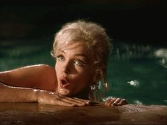 Marilyn Monroe, from the film 'Something's got to Give', gif. Fotos Marilyn Monroe, Norma Jeane, Cultura Pop, Weird Facts, Old Hollywood, Classic Hollywood, American Actress, My Idol, Tumblr