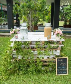 Grab your hat and your elegant mittens too; this stunning Secret Garden Birthday Party at Kara's Party Ideas will make your dreams come true! The Secret Garden, Brick Patterns Patio, Buttercream Wedding Cake, Garden Birthday, Vegetable Garden Design, Garden Theme, Garden Bar, Garden Boxes, Gardens