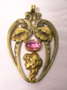 I don't tend to wear pendants, but this one is lovely.  ~ Pretty Art Nouveau ~