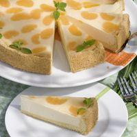 Faule-Weiber-Kuchen Zutaten: Für den Mürbeteig: 200 g Mehl 75 g Zucker 1 Ei 75 g Margarine 1 Teelöffel Backpulver Für den Belag: 500 g Quark 2 Eier 140 g Zucker 1 Päckchen Vanille-Puddingpulver (zum Kochen) 100 g Schmand 1/2 Tasse Öl (70 ml) 1 1/2 Tassen Milch (180 ml) 1 kleine Dose Mandarinen 1 Päckchen klarer Tortenguss