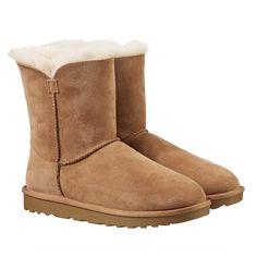9945031ae0b 12 Best UGG - SOPHIASPANO.COM images   Ugg classic short, Low boots ...