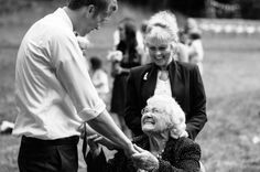 Sweet moment with grandma |  Aaron Courter Photography