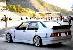 "one of the best ""family"" cars ever made !! and 300+km/h ;) Alfa Romeo 75 Evo kit"