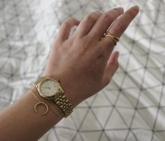 STYLIST FOR HVISK  #hvisk #jewellery #michalkors #watch #ring #bracelet #necklace #golden #gold #beautiful #stylist #jewellerystylist #blogger #bymarieiversen