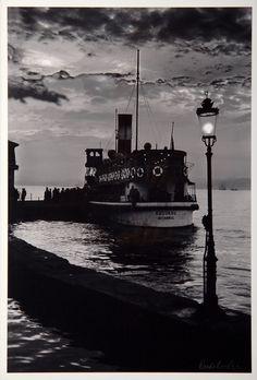 Ara Güler, Beylerbeyi'nde akşam vapuru, Boğaziçi, 1960