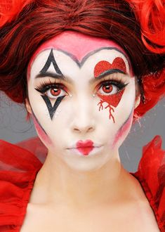 Womens Queen of Hearts Make-Up Kit Masque Halloween, Halloween Face Mask, Halloween Makeup Looks, Up Halloween, Halloween Recipe, Women Halloween, Halloween Projects, Halloween Halloween, Halloween Costumes
