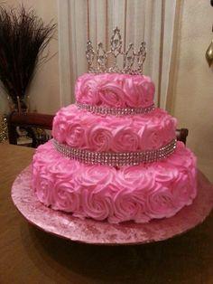 hecho por: sonia jimenez 15th Birthday Cakes, Birthday Cake Roses, Sweet 16 Birthday Cake, Elegant Birthday Cakes, Bithday Cake, Birthday Cake Girls, Queen Cakes, Quinceanera Cakes, Candy Cakes
