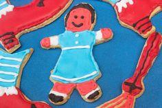 Hoy traigo unas galletas de avellanas decoradas con glasa de la película Mago de Oz. Son las primeras galletas que decoro así y son para el reto de Una Galleta un Cuento junto con mi versión poética del cuento.  http://elbauldelasdelicias.blogspot.com.es/2015/03/galletitas-mago-de-oz.html