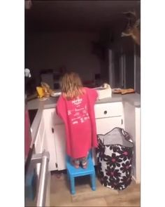in public speaking 2019 humour hub videos serie humour americaine humour bon dimanche les humour f Funny Baby Memes, Funny Vidos, Funny Video Memes, Crazy Funny Memes, Really Funny Memes, Funny Pranks, Funny Laugh, Funny Relatable Memes, Funny Jokes