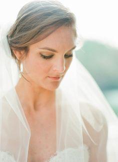 striking + simple bridal look   Olivia Griffin #wedding