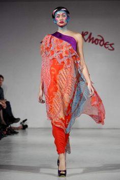 Zandra Rhodes Fall Winter Ready To Wear 2012 Paris