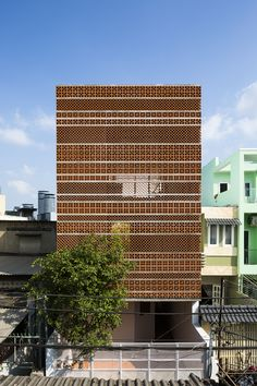 Apartment in Binh Thanh / Sanuki Daisuke architects