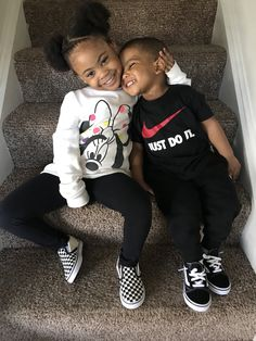 Niva and Jordan loves to play the fool Cute Mixed Babies, Cute Black Babies, Beautiful Black Babies, Cute Baby Girl, Beautiful Children, Cute Babies, Baby Boy, Cute Kids Fashion, Cute Outfits For Kids