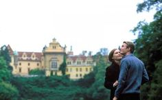 Luke Mably and Julia Stiles as Eddie and Paige from The Prince and Me (2004)