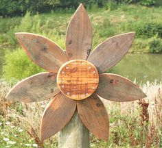 Rustic Outdoor Decor,Corrugated Metal and Wood Wall Decor,Orange Black Purple Outdoor Flower for Rustic Housewarming Gift Rustic Country Cabin Wreath – Barn Wood Flower Wreath – Farmhouse or Lodge Decor – Reclaimed Wood Wood Home Decor, Wood Wall Decor, Handmade Home Decor, Outdoor Flowers, Wood Flowers, Barn Wood Crafts, Wooden Crafts, Rustic Outdoor Decor, Country Interior Design