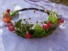 Winter fairy queen crown by dancingwithbadgers on Etsy Fairy Crown, Flower Crown, Winter Fairy, Fairy Crafts, Fairy Queen, Fairy Clothes, Midsummer Nights Dream, Xmas, Christmas
