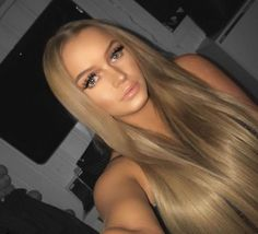 There's just something about straight blonde hair that will instantly transform you from Plain Jane to a goddess #fairskin #haircolor #hairfashion #longhair
