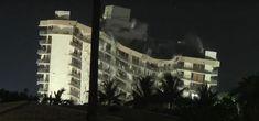 Demolición de la estructura restante del edificio colapsado en Miami Florida, Tropical, Miami, Elsa, World, Buildings, Entryway, Past Tense, The Florida
