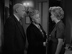 Cast screencaps from Movies and TV Shows: Don't Bother To Knock (1952)