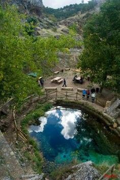 Nacimiento del Río Segura. Foto de Hurón el Lobezno