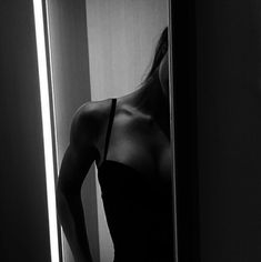 Black and white aesthetic, woman, sensual Aesthetic Body, Bad Girl Aesthetic, Aesthetic Photo, Body Photography, People Photography, Photography Ideas, Art Photography Women, Photography 2017, Artistic Photography