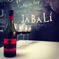 Cata Jabalí rojo tempranillo & cabernet http://www.vinorama.es/denominaciones/carinena/vino-jabali-rojo-tempranillo-cabernet