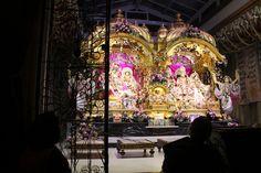 Bhaktivedanta Manor. Inside the temple