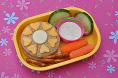 simple flower sammy bento lunch