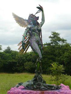 Nell David Perez Gaitan, visitando los monumentos de Villavicencio.