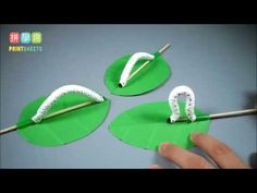 How To Make Toilet paper silkworm baby Worm Crafts, Insect Crafts, Bug Crafts, Nature Crafts, Christmas Toilet Paper, Toilet Paper Roll Crafts, Camping Activities For Kids, Camping Crafts, Kids Camp