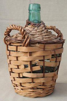 shabby vintage basket covered bottles, lot of old green glass wine bottles in baskets Wine Bottles, Glass Bottles, Wine Glass, Old Baskets, Vintage Baskets, Vintage Wine, Shabby Vintage, Laurel Leaves, Italian Villa