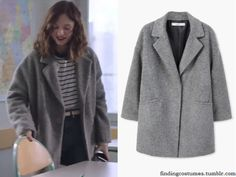 In the second episode of Skam la série Manon Demissy wears a Mango Unstructured Woll-Blend Coat in Grey .