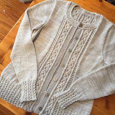 Ravelry: Project Gallery for Tenaya pattern by Elizabeth Doherty