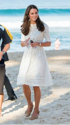 Copy Kate Middleton's White Eyelet Dress from Australia! - Kate Middleton& White Zimmermann Dress During Australia Tour: Stuart Weitzman Minx shoes Source by - Kate Middleton Outfits, Style Kate Middleton, White Eyelet Dress, Lace Dress, Style Royal, Day Dresses, Summer Dresses, Estilo Real, Dresses Australia