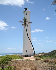 Barbers Point Lighthouse, Hawaii at Lighthousefriends.com