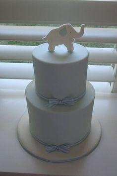 Baby Shower Cake it need to be pink or coral