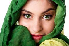 Apenas 2% da população mundial possui olhos verdes;