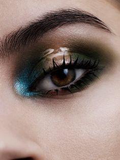 Felicity Ingram collaborates with NARS makeup ambassador Andrew Gallimore in ES Magazine. Stunning Makeup, Love Makeup, Makeup Inspo, Makeup Art, Beauty Makeup, Makeup Looks, Hair Makeup, Awesome Makeup, Glossy Eyes