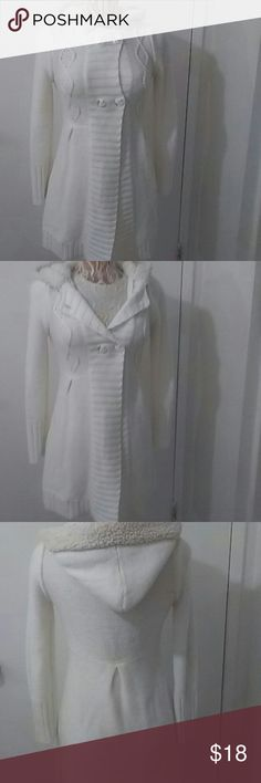 """Cute ivory coat """"please read descriptions"""" This is a size L kids from childrens place. I like my coats fit (*-*.)..hehe. This fits a woman  size xs S. Used once, like new. Children's Place Jackets & Coats"""