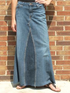 Long Jean Skirt Pieced Back Made to Order by WhimsicalJeanSkirts Skirt Outfits, Dress Skirt, Cute Skirts, Denim Outfit, Elegant Outfit, Everyday Look, Modest Fashion, Diy Clothes, Passion For Fashion