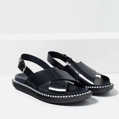 FLAT SANDALS WITH CROSSOVER STRAP-SHOES-TRF | ZARA United States