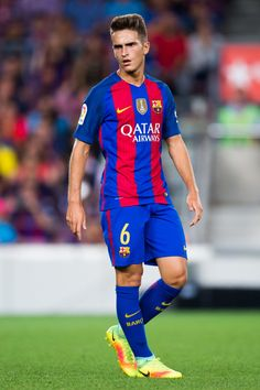 Denis Suarez of FC Barcelona looks on during the Joan Gamper trophy match between FC Barcelona and UC Sampdoria at Camp Nou on August 10, 2016 in Barcelona, Catalonia.