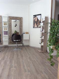 Deco Salon De Coiffure, Coiffeur, Intérieur De Salon De Coiffure, Salon À  Domicile