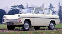 Classic Cars British, Ford Classic Cars, Old Fashioned Cars, Ford Anglia, Car Posters, Car Ford, Rear Window, Concept Cars, Cars And Motorcycles