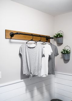 22 DIY Clothes Racks in 2020 - Organize Your Closet Whether you need storage for your laundry room, closet, or in a guest room, making an aesthetically pleasing clothing rack is incredibly easy. Laundry Room Remodel, Laundry Decor, Laundry Closet, Laundry Room Organization, Laundry Room Design, Laundry Storage, Clothing Organization, Organization Ideas, Basement Laundry
