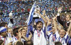 10 χρόνια από το θαύμα της Πορτογαλίας: Όταν η Ελλάδα ανέβαινε στην κορυφή της Ευρώπης!