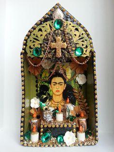 AQA A2 themes - Using Found Objects www.dunottarschool.com Frida Kahlo dia de los muertos