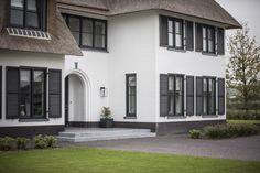 Strakk - Project Arcen - Hoog ■ Exclusieve woon- en tuin inspiratie.