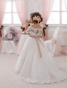 Elegant White Boat neckline Half Sleeve Lace First Communion Dresses for Weddings Sashes Lace up Vestidos de Comunion de Festa